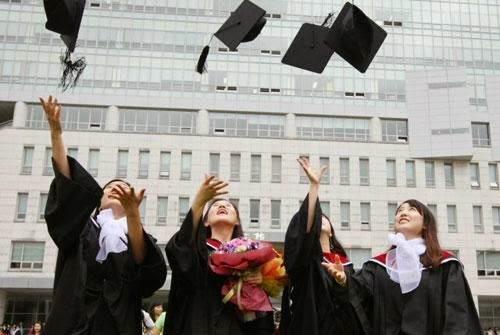 Cơ hội việc làm trước và sau của du học sinh khi tốt nghiệp ở Hàn Quốc