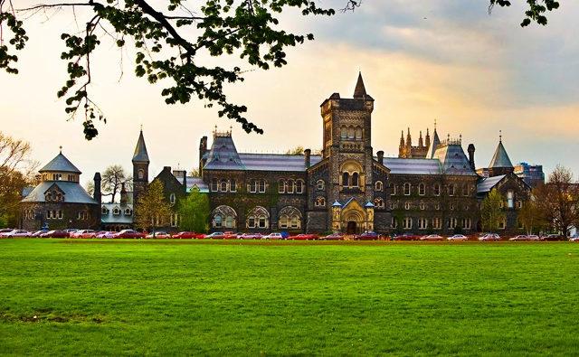 Top trường đại học nổi tiếng hàng đầu ở Canada