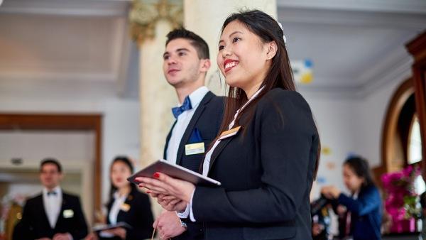 Học ngành du lịch khách sạn nên đi du học ở đâu?