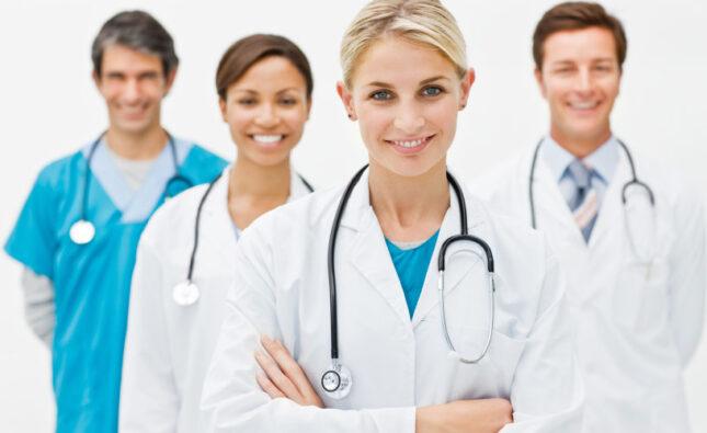 Nên chọn trường học ở Úc nào nếu học bác sĩ và yêu cầu như thế nào?